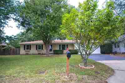 Wichita Single Family Home For Sale: 1115 N Smith St
