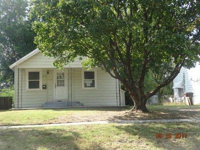 Wichita Single Family Home For Sale: 1913 S Santa Fe St