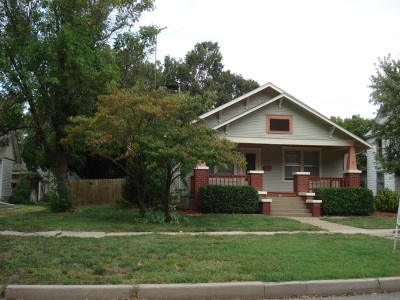Winfield KS Single Family Home For Sale: $105,000