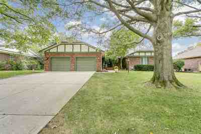 Wichita Single Family Home For Sale: 31 W Rolling Hills Ct.