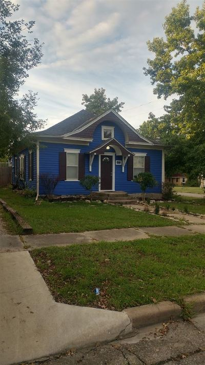 Winfield KS Single Family Home For Sale: $49,900