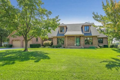 Mulvane Single Family Home For Sale: 37 N Circle Dr