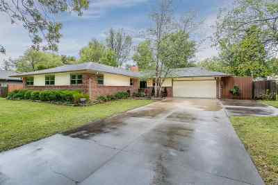 Wichita Single Family Home For Sale: 731 N Mission Rd