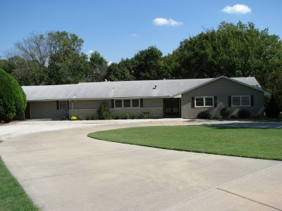 Winfield Single Family Home For Sale: 1808 Sharon Ct