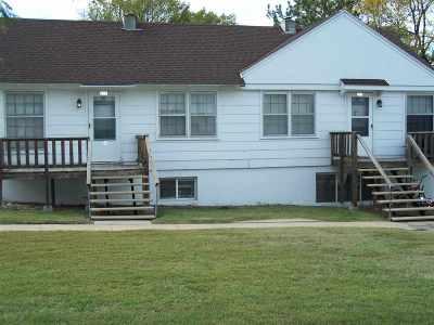 Newton Multi Family Home For Sale: 211 E 11th St