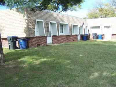 Newton Multi Family Home For Sale: 210 E 10th St