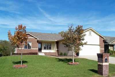 Wichita Single Family Home For Sale: 15514 E Woodcreek St