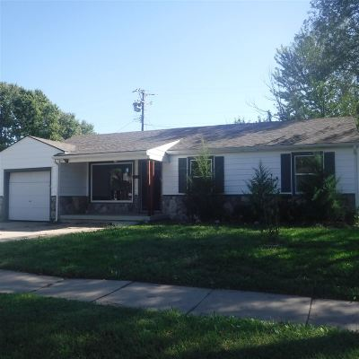 Wichita Single Family Home For Sale: 3358 S Osage Ave