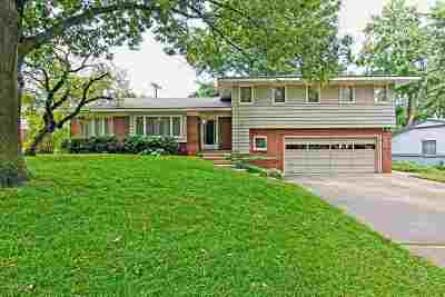 Wichita Single Family Home For Sale: 9738 W 3rd