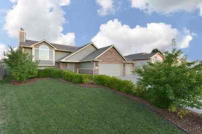 Wichita Single Family Home For Sale: 4406 E Falcon