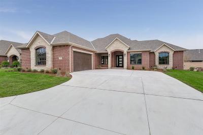 Wichita Single Family Home For Sale: 10213 E Summerfield St
