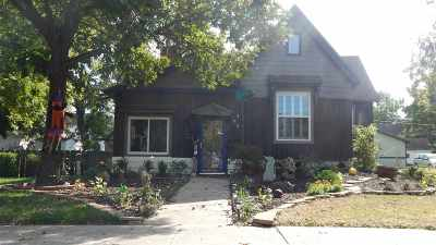 Winfield KS Single Family Home For Sale: $112,900