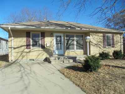 Wellington Single Family Home For Sale: 1611 N B St