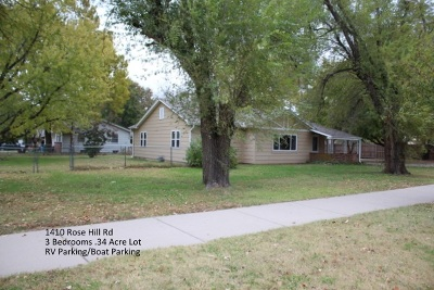 Rose Hill Single Family Home For Sale: 1410 N Rose Hill Rd