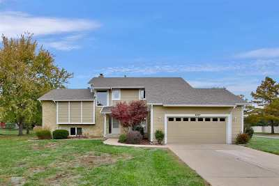 Wichita Single Family Home For Sale: 2427 N Plumthicket