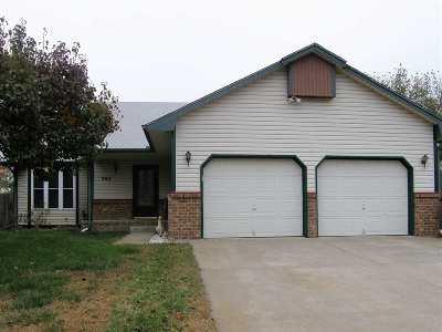 Haysville Single Family Home For Sale: 802 E Karla Ct.