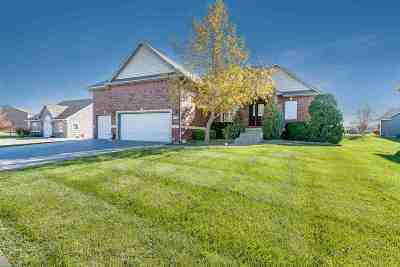 Derby Single Family Home For Sale: 2924 N Rough Creek Rd