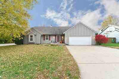 Andover Single Family Home For Sale: 913 W Cedarwood Ct