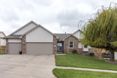 Derby Single Family Home For Sale: 1007 E Hawthorne Ct