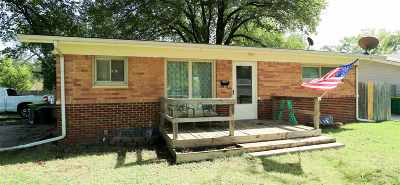 Valley Center Single Family Home For Sale: 446 N Colby Ave