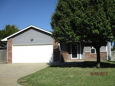 Haysville Single Family Home For Sale: 1314 E South Brook