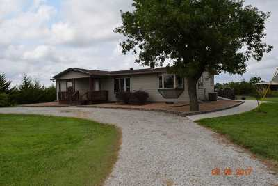 Newton Single Family Home For Sale: 3616 NE 36th St