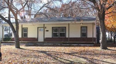 Derby Single Family Home For Sale: 845 N Kokomo Ave