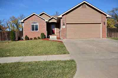Derby Single Family Home For Sale: 1037 E Splitwood Way