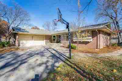 Wichita Single Family Home For Sale: 726 N Brookfield