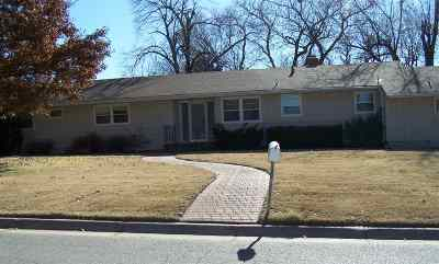 Newton Single Family Home For Sale: 5 Indian Ln