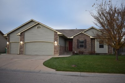 Wichita Single Family Home For Sale: 13920 E Hawthorne St.