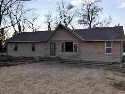 Arkansas City KS Single Family Home For Sale: $114,900