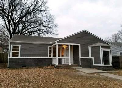 Wellington Single Family Home For Sale: 720 E 7th St