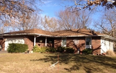 Newton Single Family Home For Sale: 908 Highland Ave