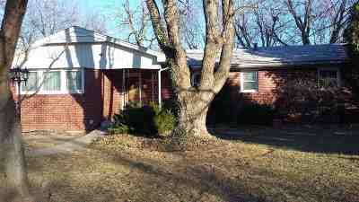 Wichita KS Single Family Home For Sale: $139,000