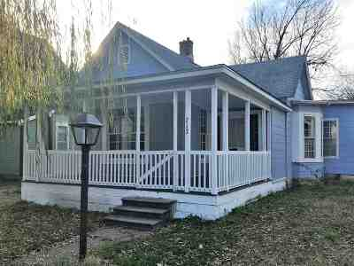 Arkansas City Single Family Home For Sale: 717 S A St