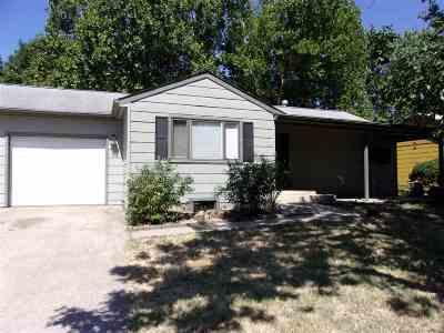 Arkansas City KS Single Family Home For Sale: $102,000