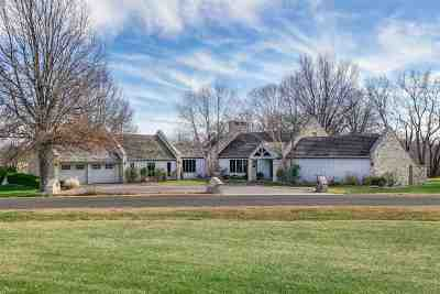 Winfield KS Single Family Home For Sale: $330,000