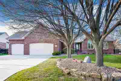 Wichita Single Family Home For Sale: 1031 N Preserve St