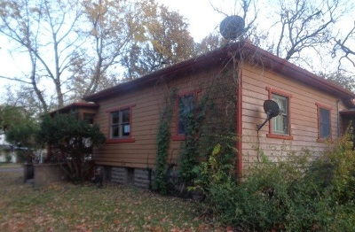 Winfield KS Single Family Home For Sale: $43,200