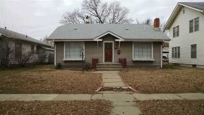 Arkansas City Single Family Home For Sale: 817 N A St