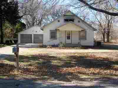 Wichita KS Single Family Home For Sale: $88,000