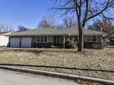 Wichita KS Single Family Home For Sale: $129,000