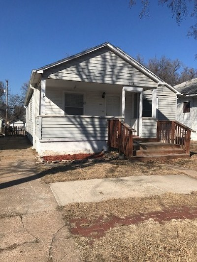 Hutchinson Single Family Home For Sale: 214 E 7th Ave
