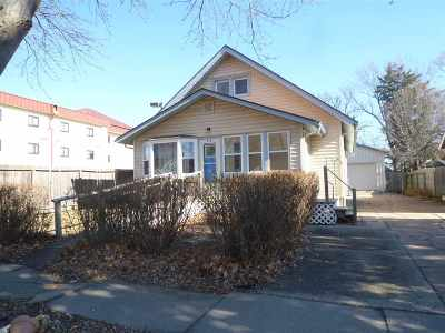 Winfield KS Single Family Home For Sale: $90,000