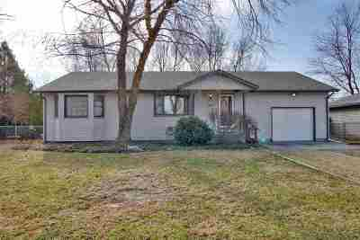Wichita Single Family Home For Sale: 927 E 43rd St S