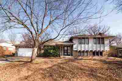 Wichita Single Family Home For Sale: 1136 S Apache Dr