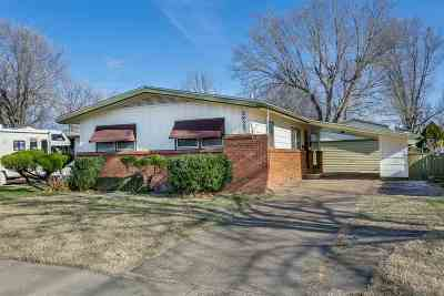 Wichita Single Family Home For Sale: 2822 S Euclid Ave