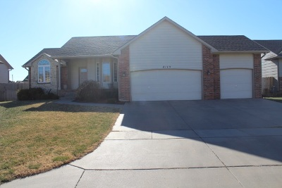 Sedgwick County Single Family Home For Sale: 8149 E Old Mill Ct.