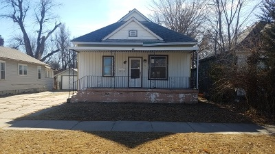 Hutchinson Single Family Home For Sale: 617 E 3rd Ave